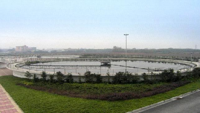 成都三瓦窑污水厂二沉池