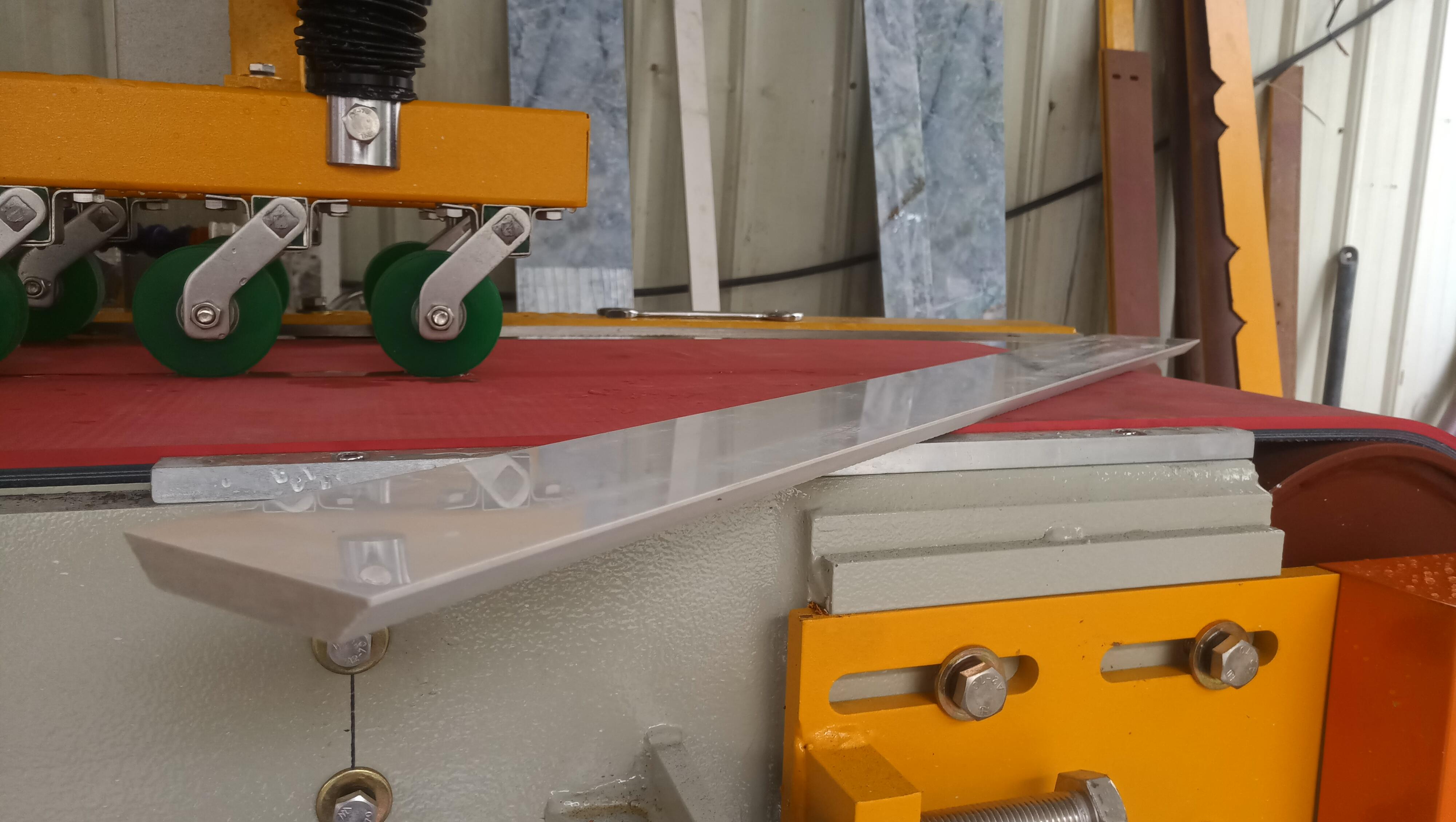 瓷磚磨邊機加工會出現崩邊毛刺破損等現象問題總結