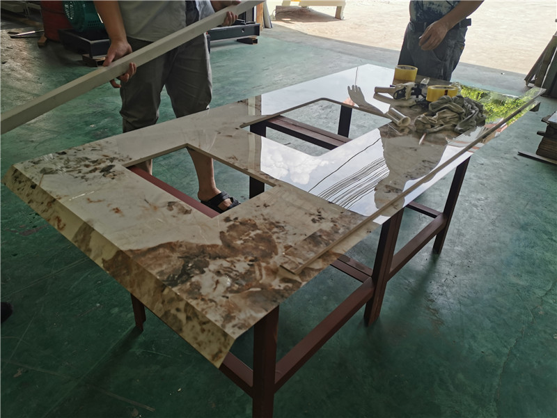 巖板在進行拼接的時候,應該如何處理巖板接縫問題