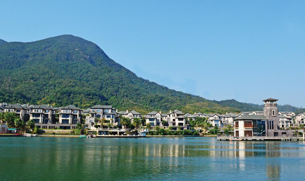 蓮湖-鷺湖島