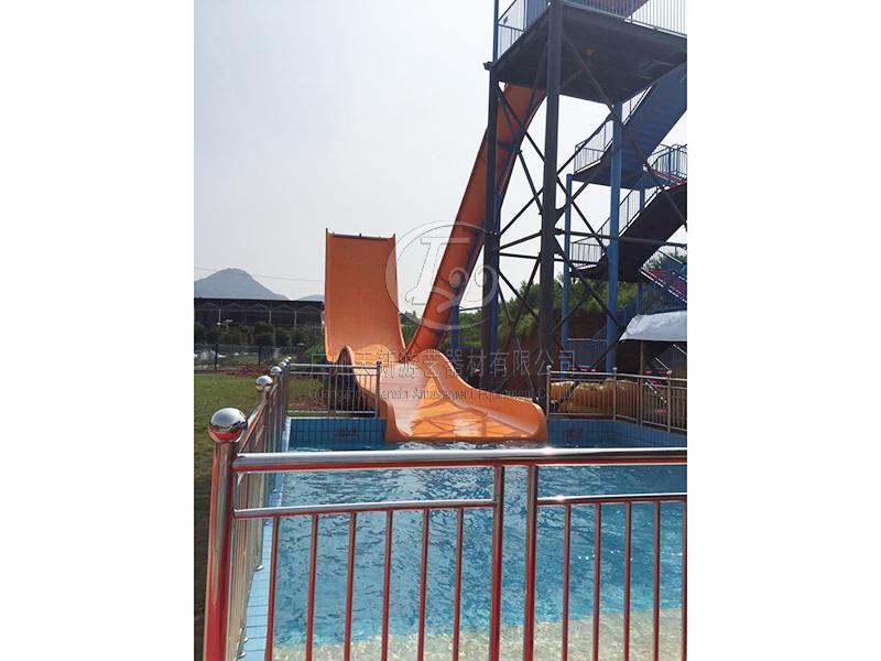 沖天回旋水上滑梯TXH-01-3