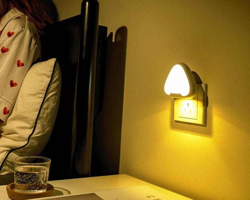 三角形小夜燈