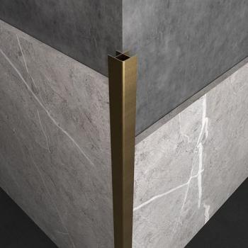 轉角處的瓷磚陽角做壓條還是45度倒角拼接?