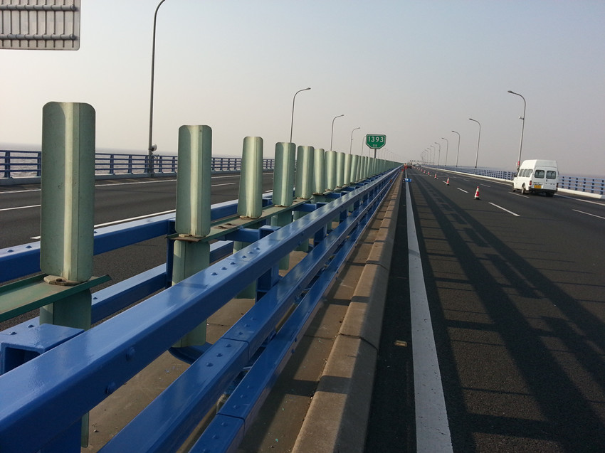 杭州灣大橋護欄防腐涂裝工程