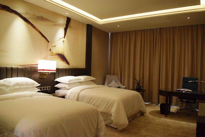 不同材料的酒店客房家具的防潮小技巧