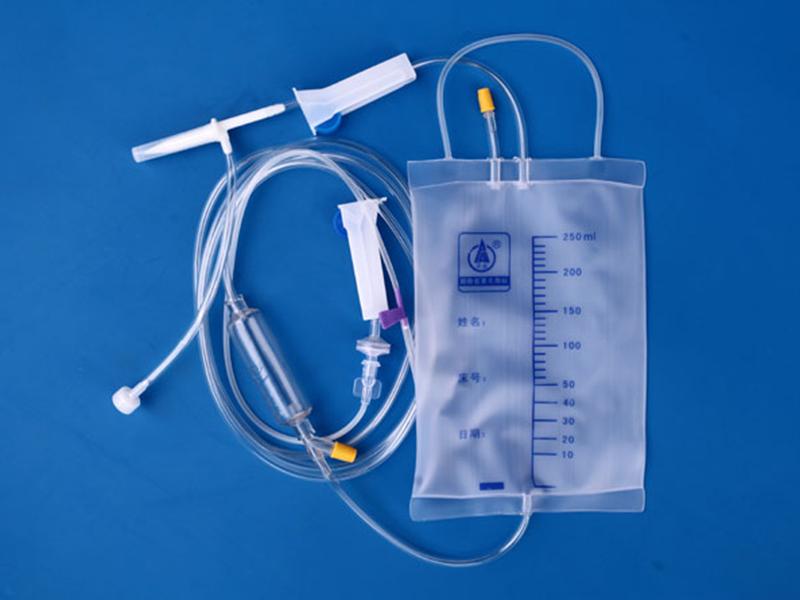 一次性使用袋式輸液器