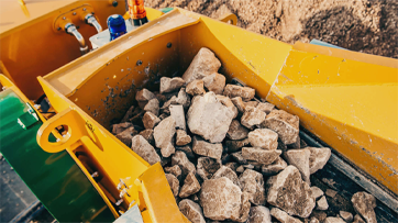 What matters should be paid attention to during the test run of the jaw crusher?