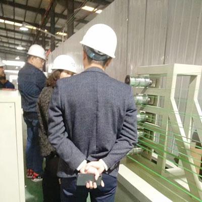 哈薩克斯坦客戶考察設備