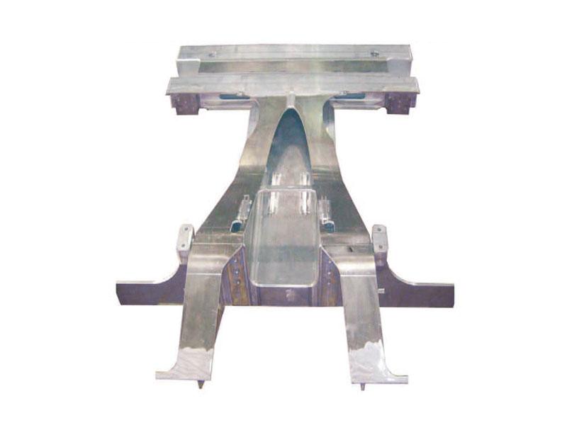 城軌車體端部結構件