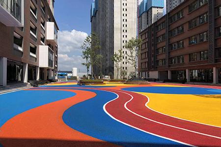 適合學校賽道的混合型塑膠跑道材料