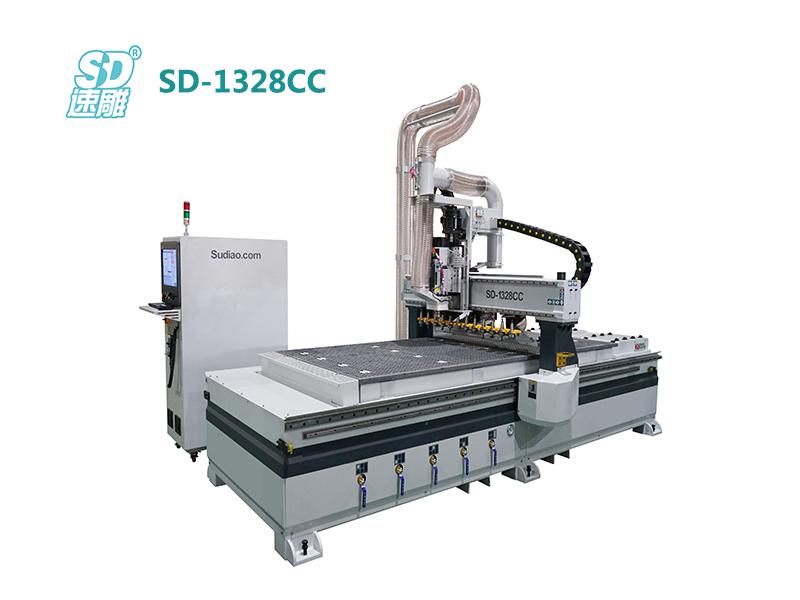跟随式直排换刀加工中心 SD-1328CC