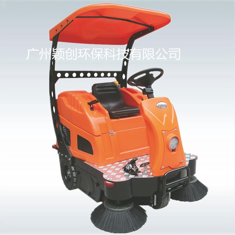 掃地車CZ1400P豪華舒適版中型駕駛式