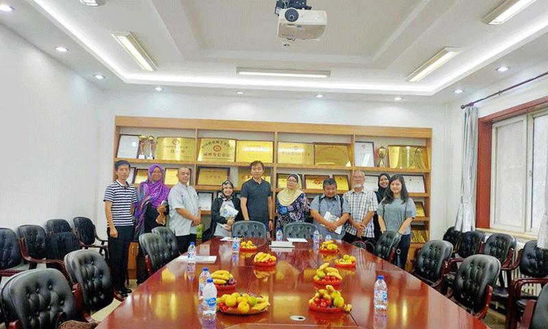 熱烈歡迎馬來西亞訪團到訪北京卓良模板有限公司
