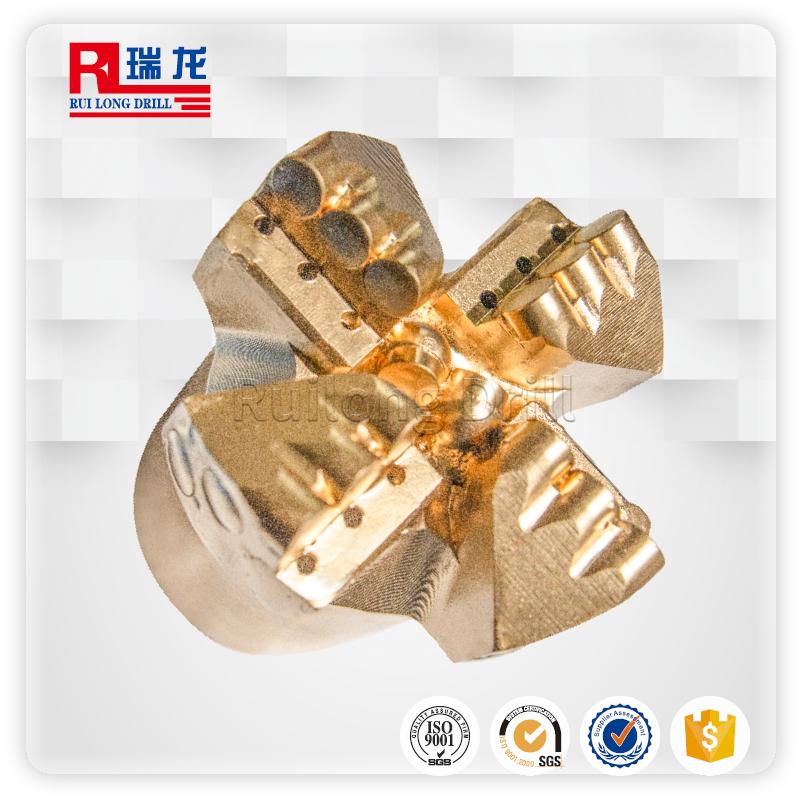 φ113-N70.5-6.35四翼壓風降溫排渣鉆頭——瑞龍鉆具