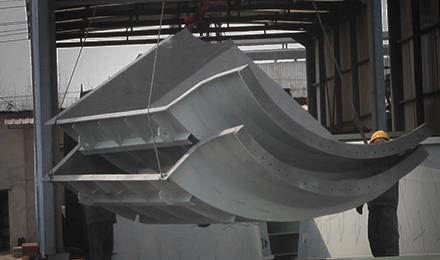 化解過剩產能成煤鋼業首務