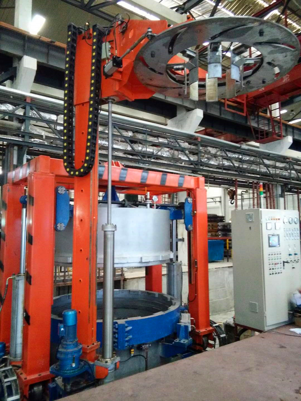 水壓平移式輪胎硫化機