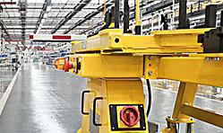 工厂自创建以来,为汽车制造、电子工业、工程建筑