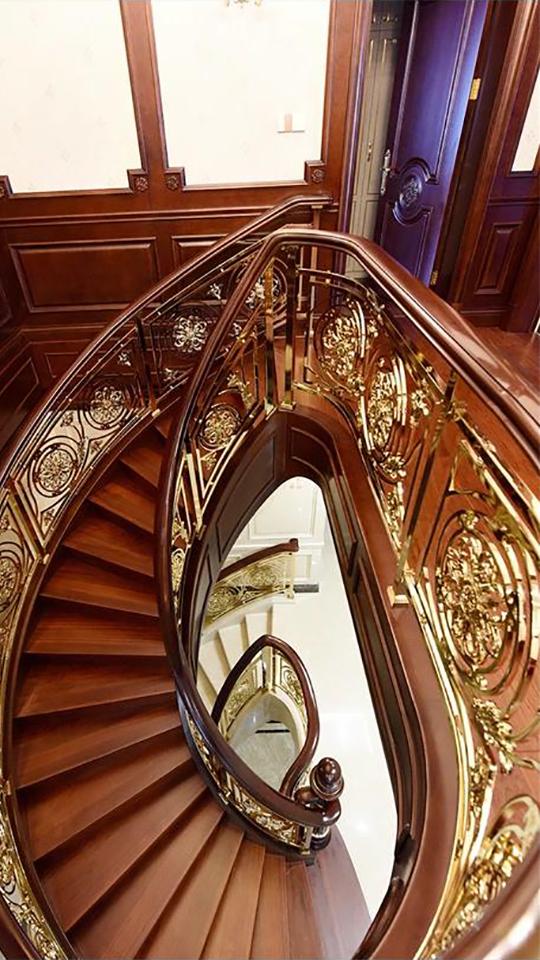 銅藝樓梯案例分享.mp4